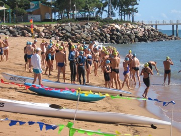 Photo of the 2008 Austax Strand Swim on the long weekend in June 2008